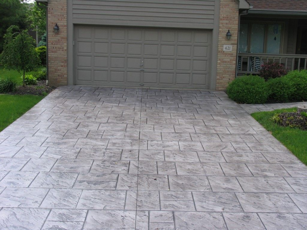 Colored concrete stamp pattern old english slate color for Cement driveway ideas