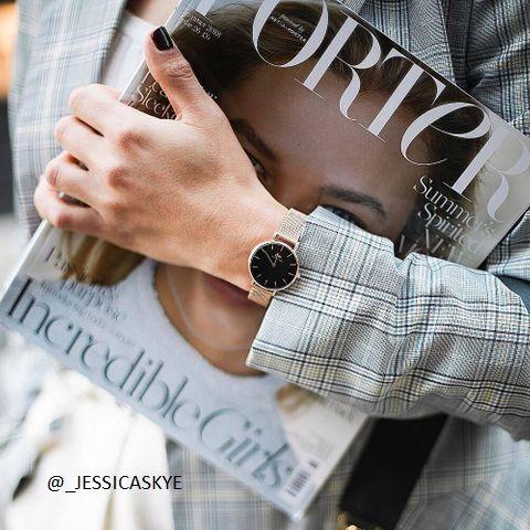 #danielwellington #classicpetite #_jessicaskye #lifestyle #trendy #style #rose #steel #black #watch #shoponline #juwelierleomueller
