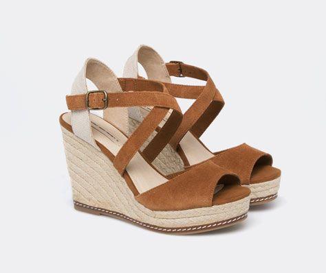22f85b1c6 Zapato Cuña Tiras Serraje - OYSHO Sandálias De Cunha, Closet De Sapatos,  Cunhas De
