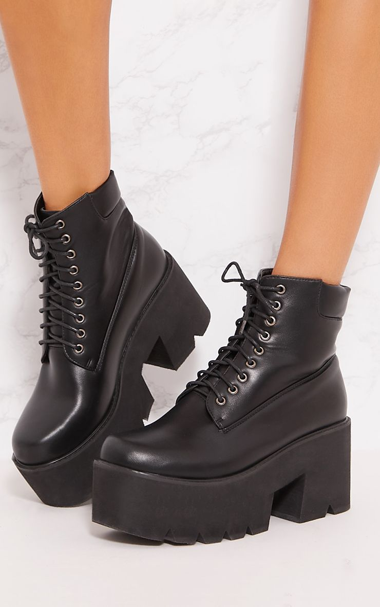 Black Chunky Boot | Shoes