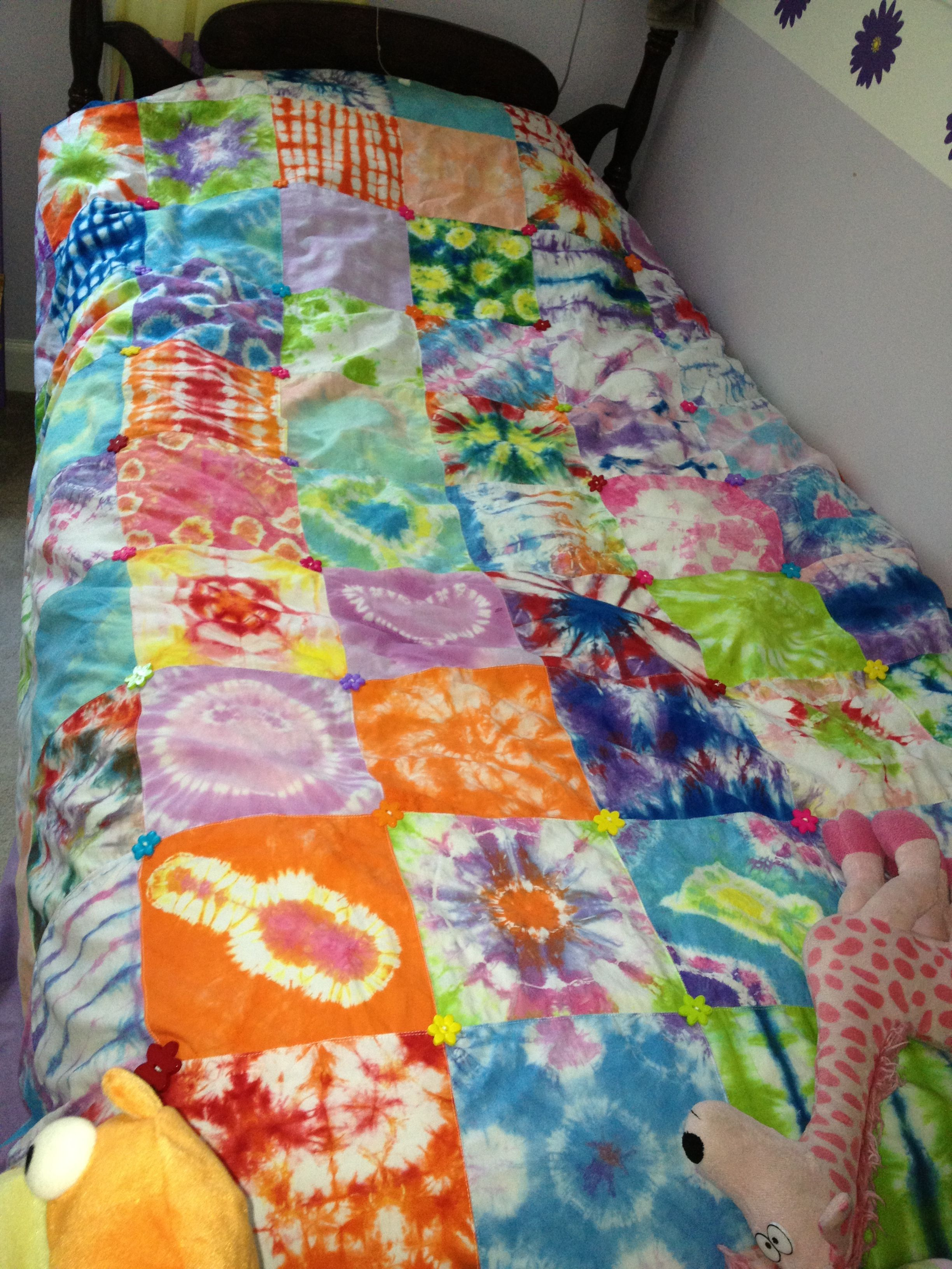 We love this tie dye patchwork duvet cover by Shelly Morris ... : tye dye quilt - Adamdwight.com