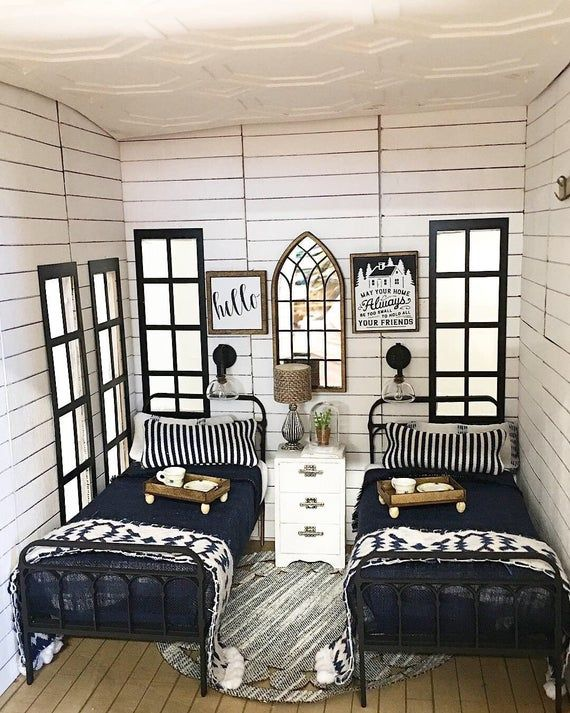 Miniature Dollhouse 1:12 Scale | Single Farmhouse Wrought Iron Look Bed Kit