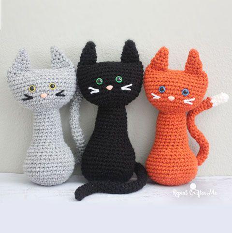 KITTIES! Make these cute amigurumi kitties with Lion Brand Vanna's ... | 482x480