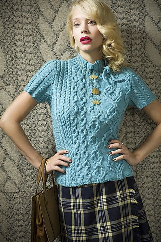 23 Off-Center Top pattern by Fiona Ellis | Pinterest | Dos agujas ...