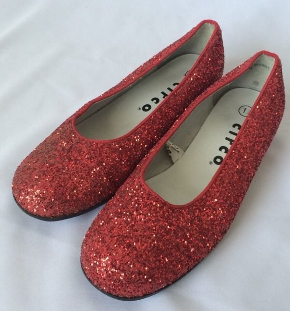 Girls Red Glitter Dorothy Shoes Size 1