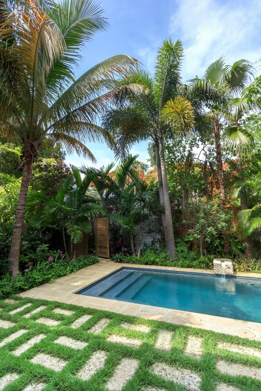 Swimming Pool Design Ideas | Pinterest | Swimming pools, Landscaping ...