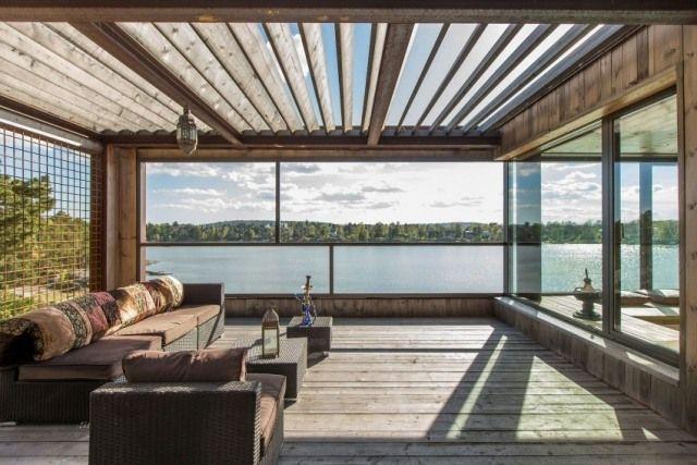 Terrasse modern rattan möbel verglast holz überdachung ...