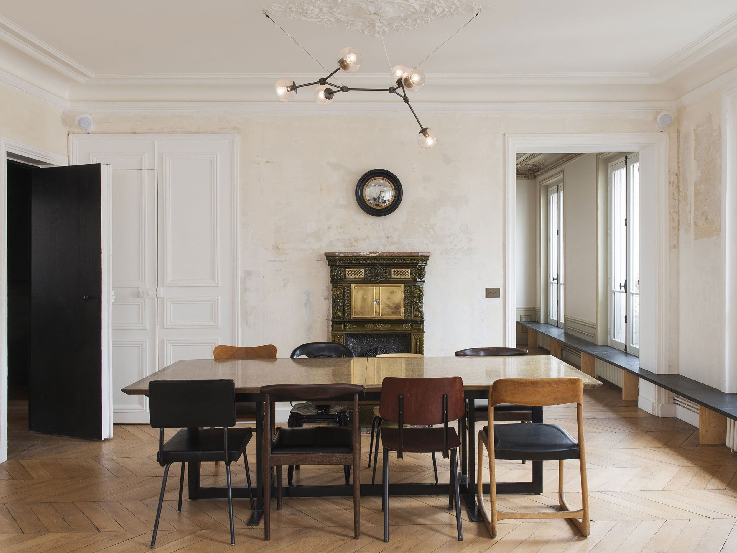 Introducing Modern Victorian And How To Do It In Your Home Emily Henderson Paris Apartment Interiors Parisian Apartment Decor Modern Victorian Homes