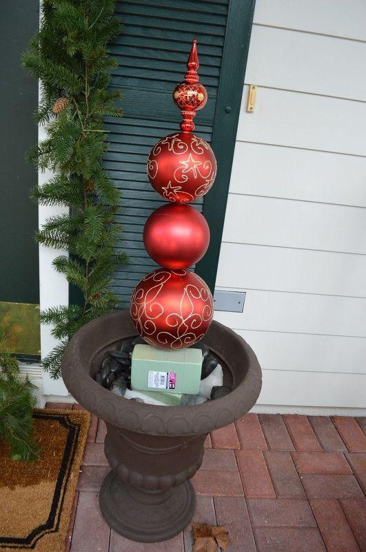 DIY Christmas Ornament Topiary