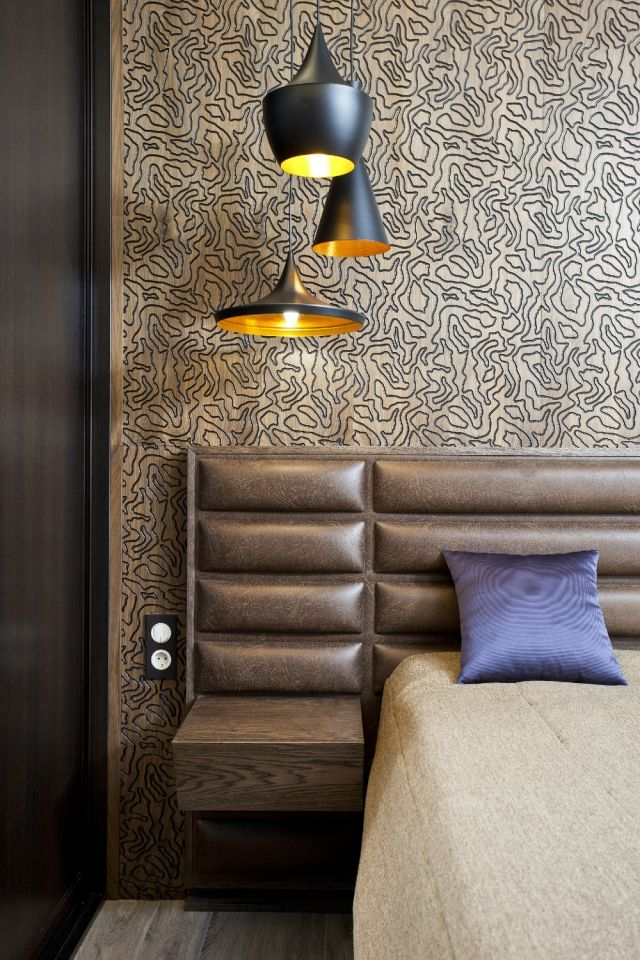 modernes-schlafzimmer-wand-dekorieren-holz-wandplatten-gold-braun - schlafzimmer ideen grau braun