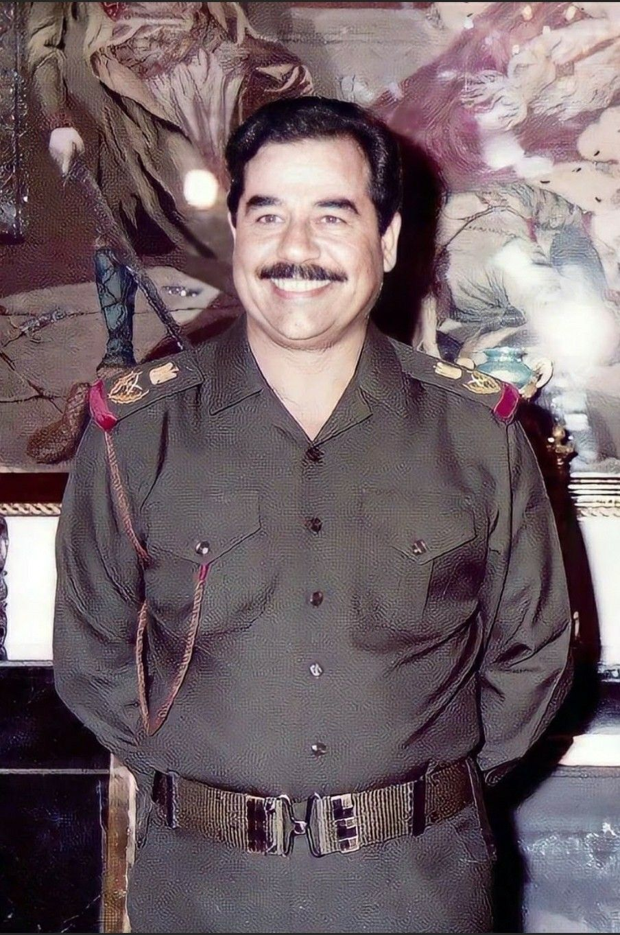 Pin By روائع الصور On صور صدام حسين عالية الوضوح In 2021 Baghdad Saddam Hussein Iraq