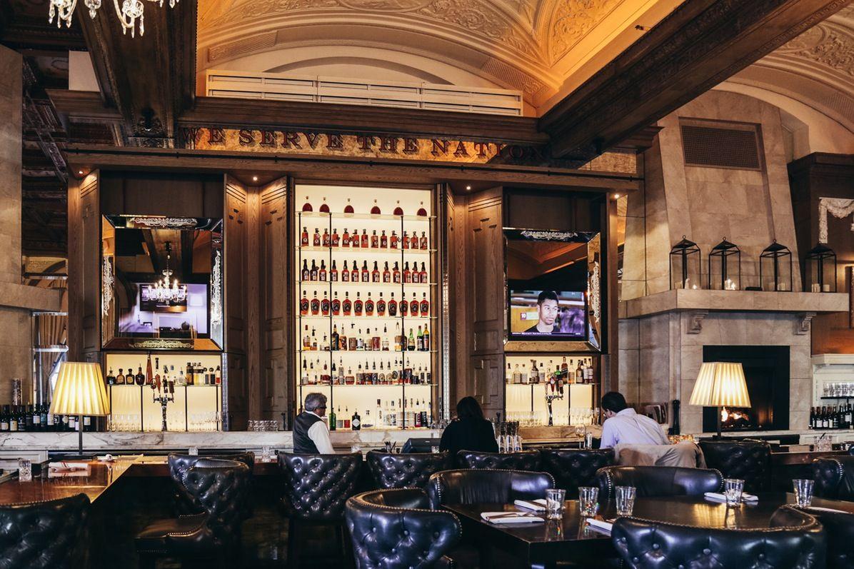 On The Grid Oak Room Oak Bar Interior Room