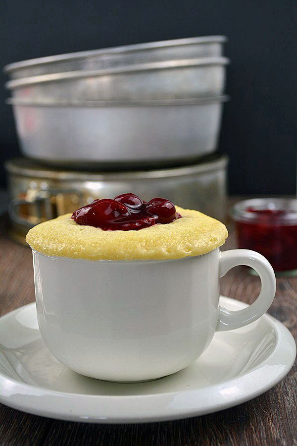 Vanille Tassenkuchen mit Kirschgrütze #mugcake