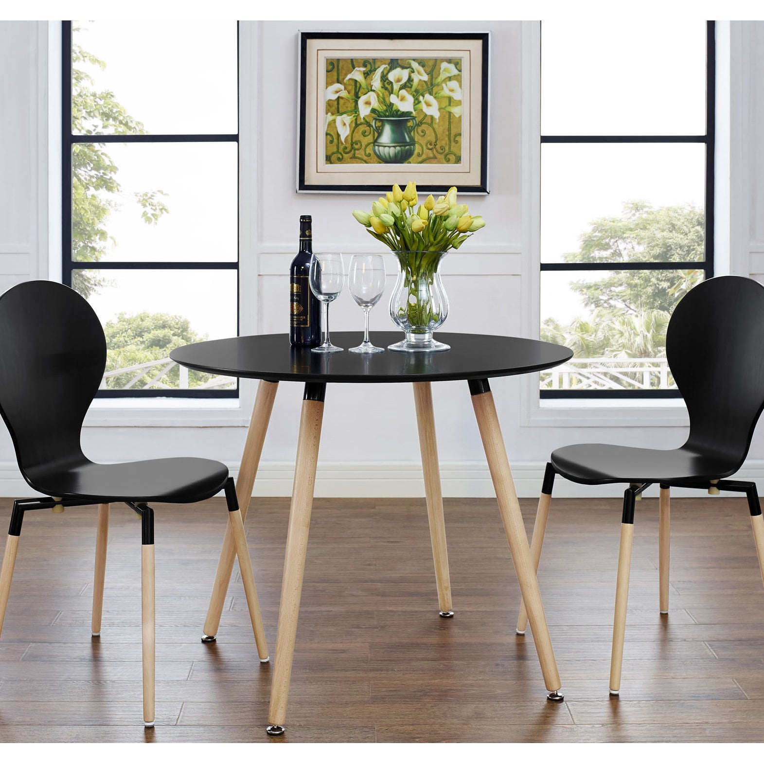 Pin By Marianna Italiana On Apartment Life In 2021 Circular Dining Table Dining Table Black Round Dining Table
