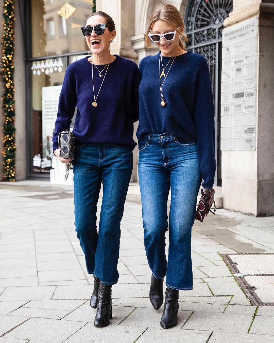 """Photo of Netti Weber på Instagram: """"True Blue! Midnattsblå kashmirgensere og blå jeans, avslappet, avslappet, sporty, elegant. Gensere er laget av glamometer … """""""
