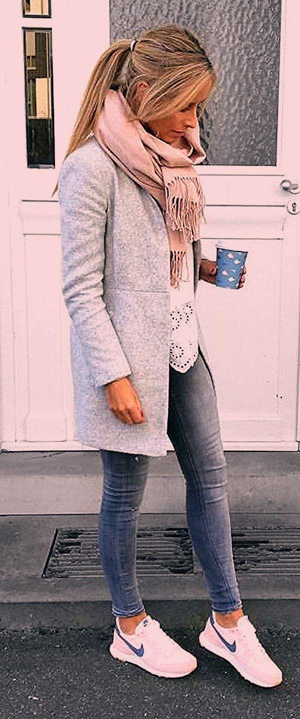 Photo of Über 100 schicke Frühlingskleidung, die Sie schon besitzen sollten – # Chic #hiver #Outfits #…
