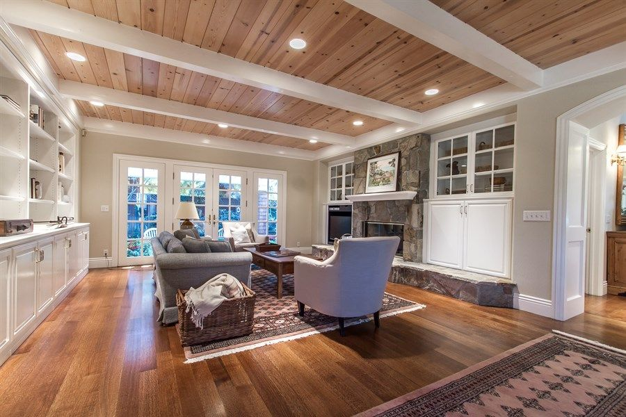 Pine Ceiling White Painted Beams