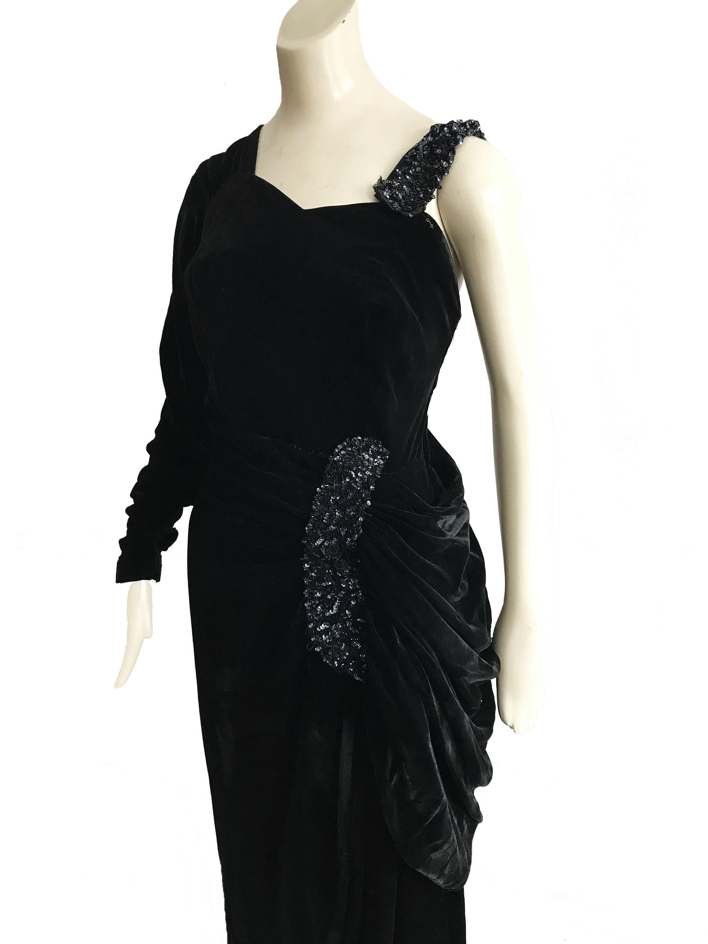 Size 10 French 30s Black Velvet Sequin Draped Asymmetrical Gown 1940s One Shoulder Cocktail Dress One Shoulder Cocktail Dress Gowns Of Elegance Cocktail Dress [ 3000 x 2250 Pixel ]