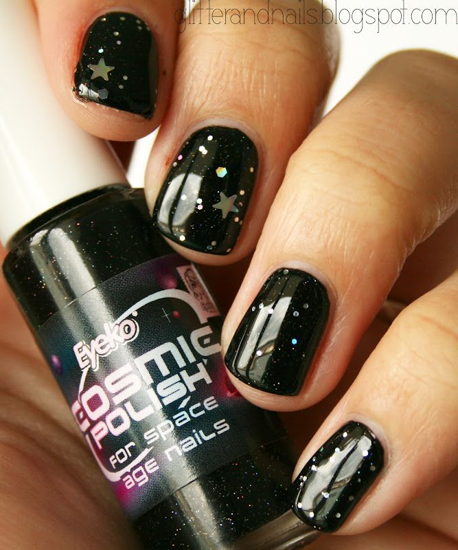 Ongles Cosmiques : Eyeko Cosmic Polish + Kleancolor Silver Star ...