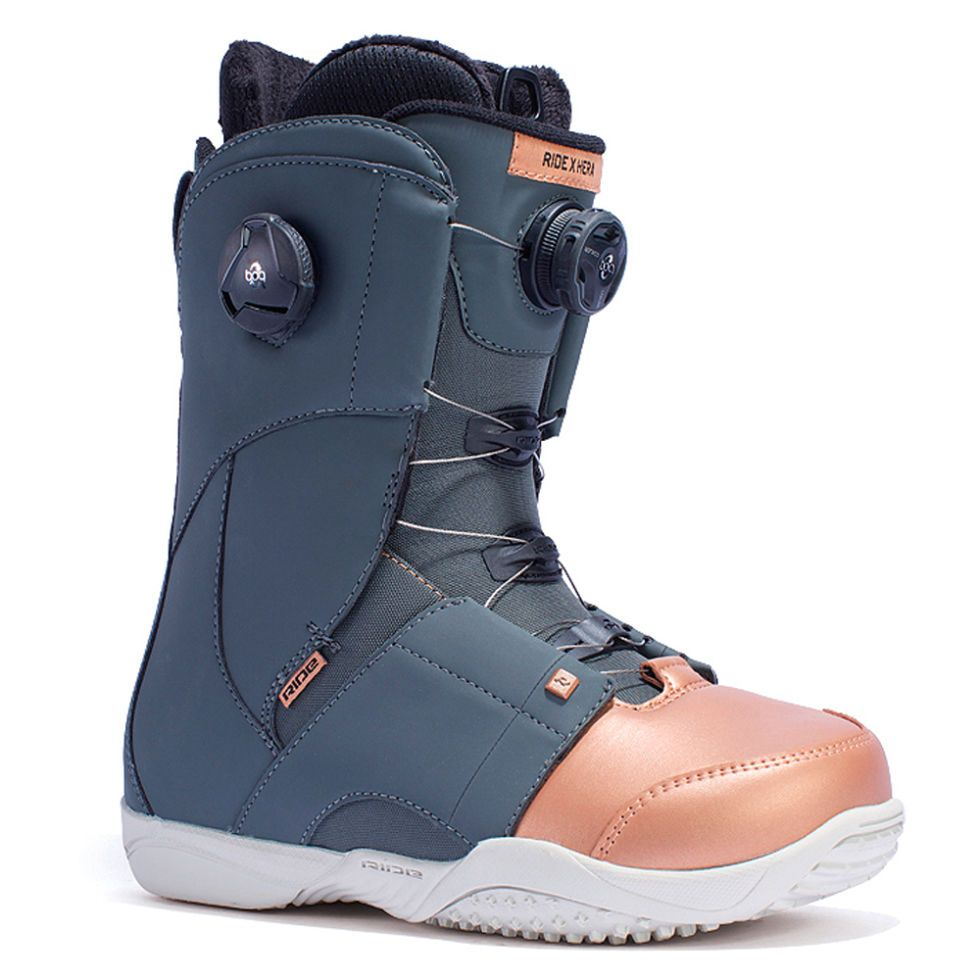 Ride In Style With These Game Changing Snowboard Boots For Men And Women Snowboard Boots Snowboarding Style Boots