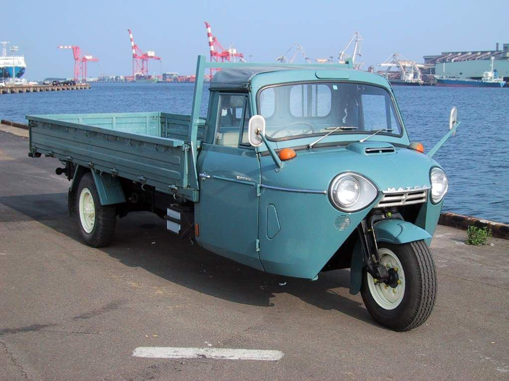 Mazda Went Zoom The Anese Automaker Was From Late 1950s Through Mid 70s Producing Three Wheeled Ultra Utilitarian Pickup Trucks