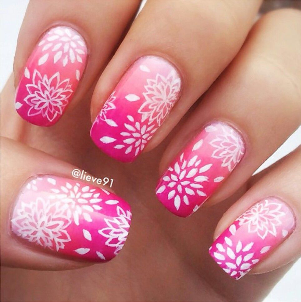 Pretty Flower Nail Art Nail Art Ideas Pinterest Flower Nail