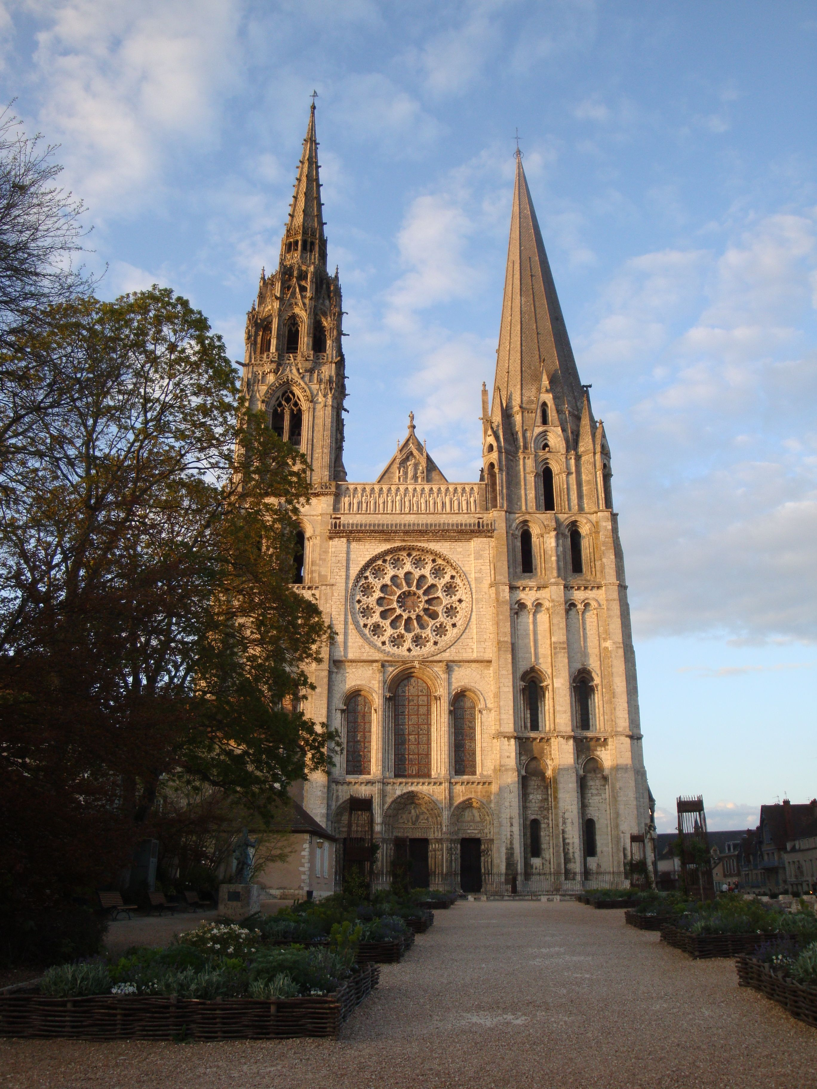 Chartres Cathedral Of Notre Dame Chartes France High Gothic Structure Architecture Cathedral Chartres