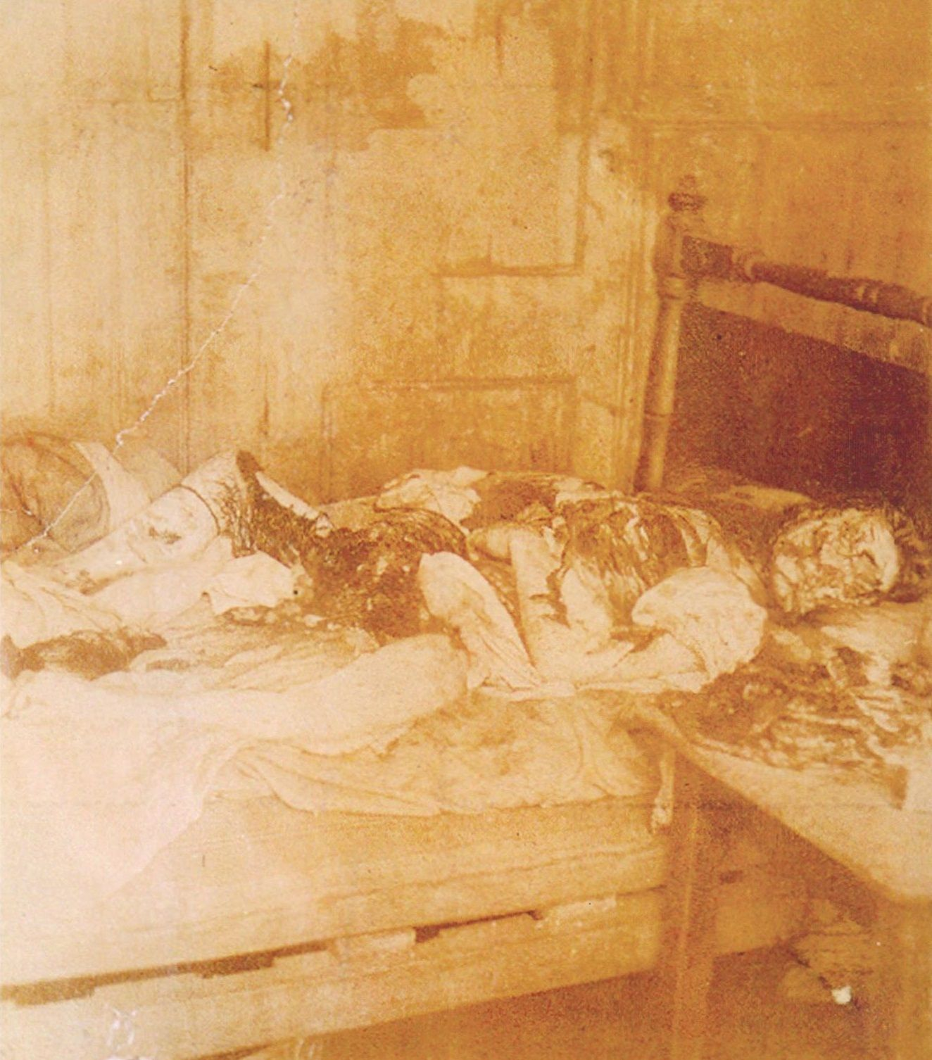 Police photograph of the murder scene of Mary Jane Kelly ...