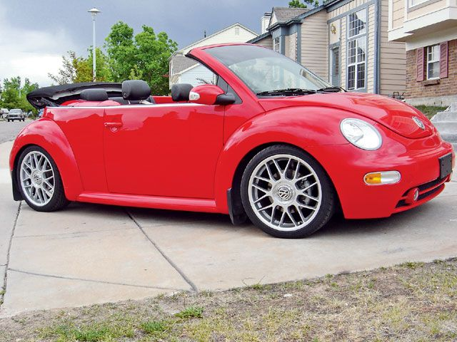 Red VW NEW BEETLE Cabrio