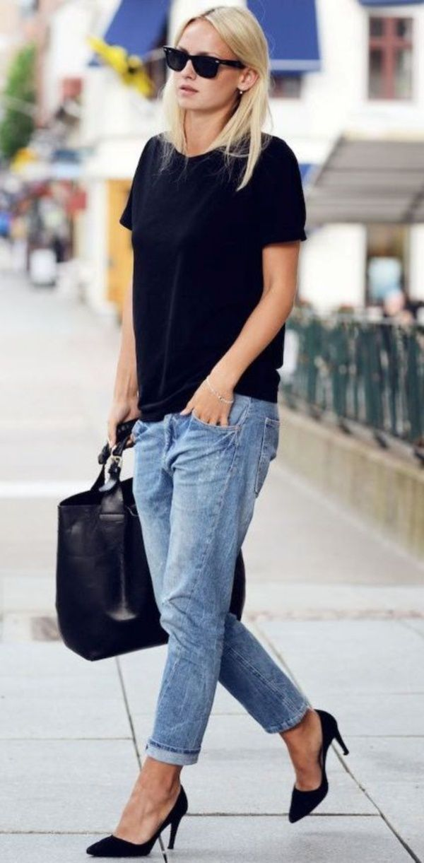 6b091fe7ef Cool tees with Boyfriend Jeans is my all time favorite