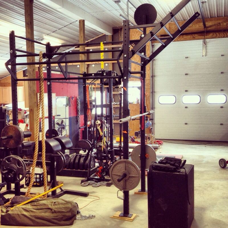 16 Garage Gym Designs Ideas: Home Garage Gym Rogue Fitness Wall Ball Squat Rack