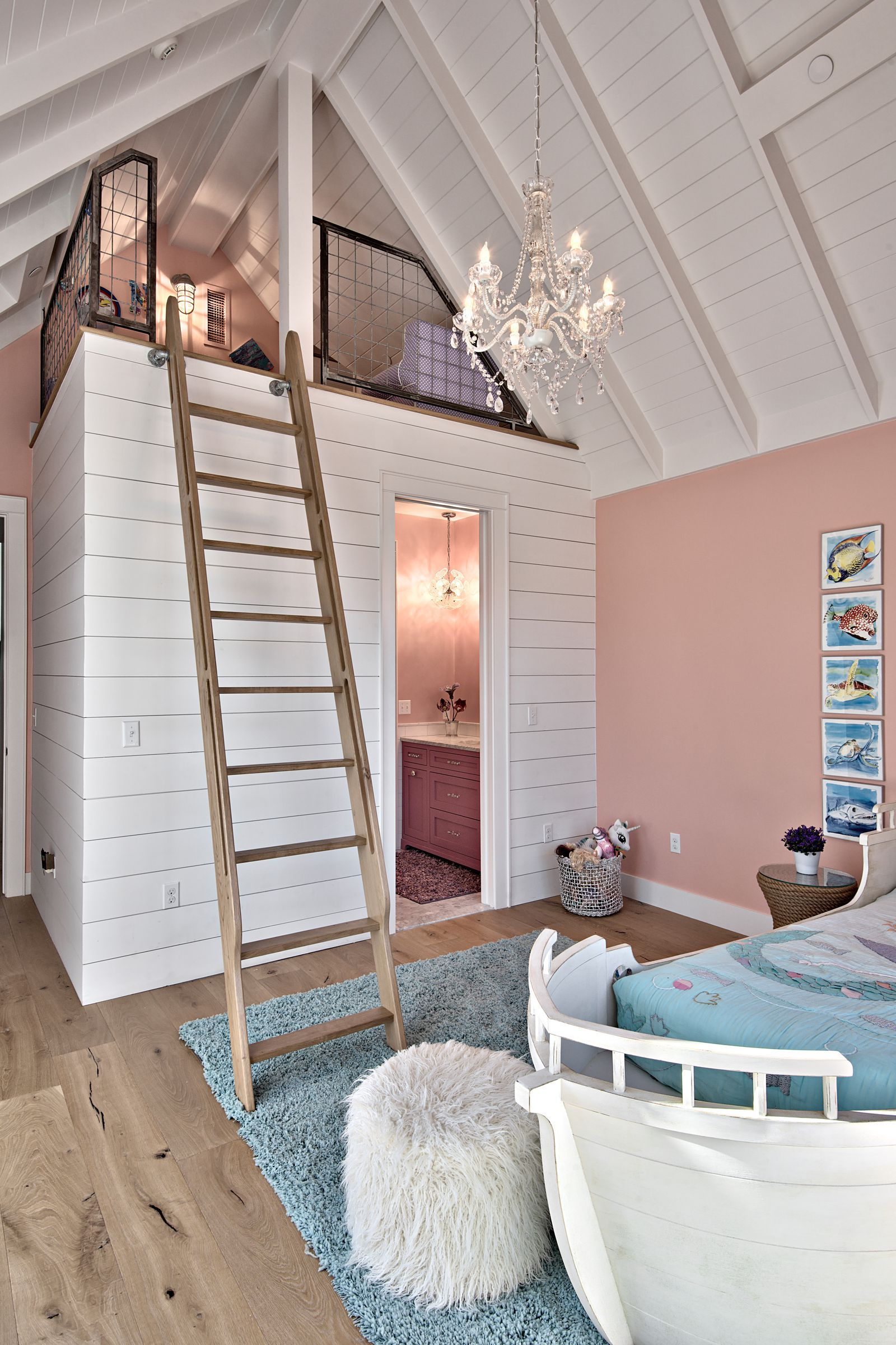 Photo of This Home Is Hiding the Coolest Indoor Slide, and Now We Need One
