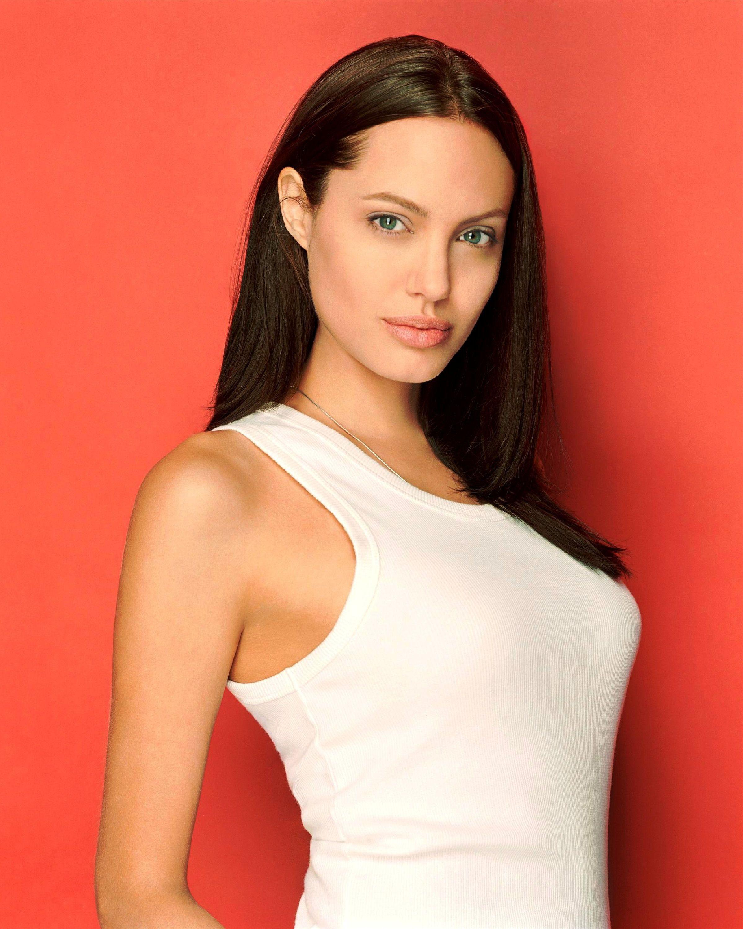 Angelina Jolie Straight Dark Hair  Beautiful People In -1405