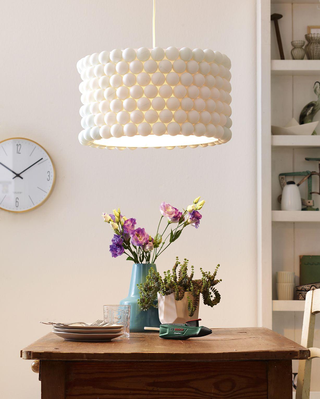 creer une lampe ping pong de salle manger lumi re pinterest lampes cr er et manger. Black Bedroom Furniture Sets. Home Design Ideas