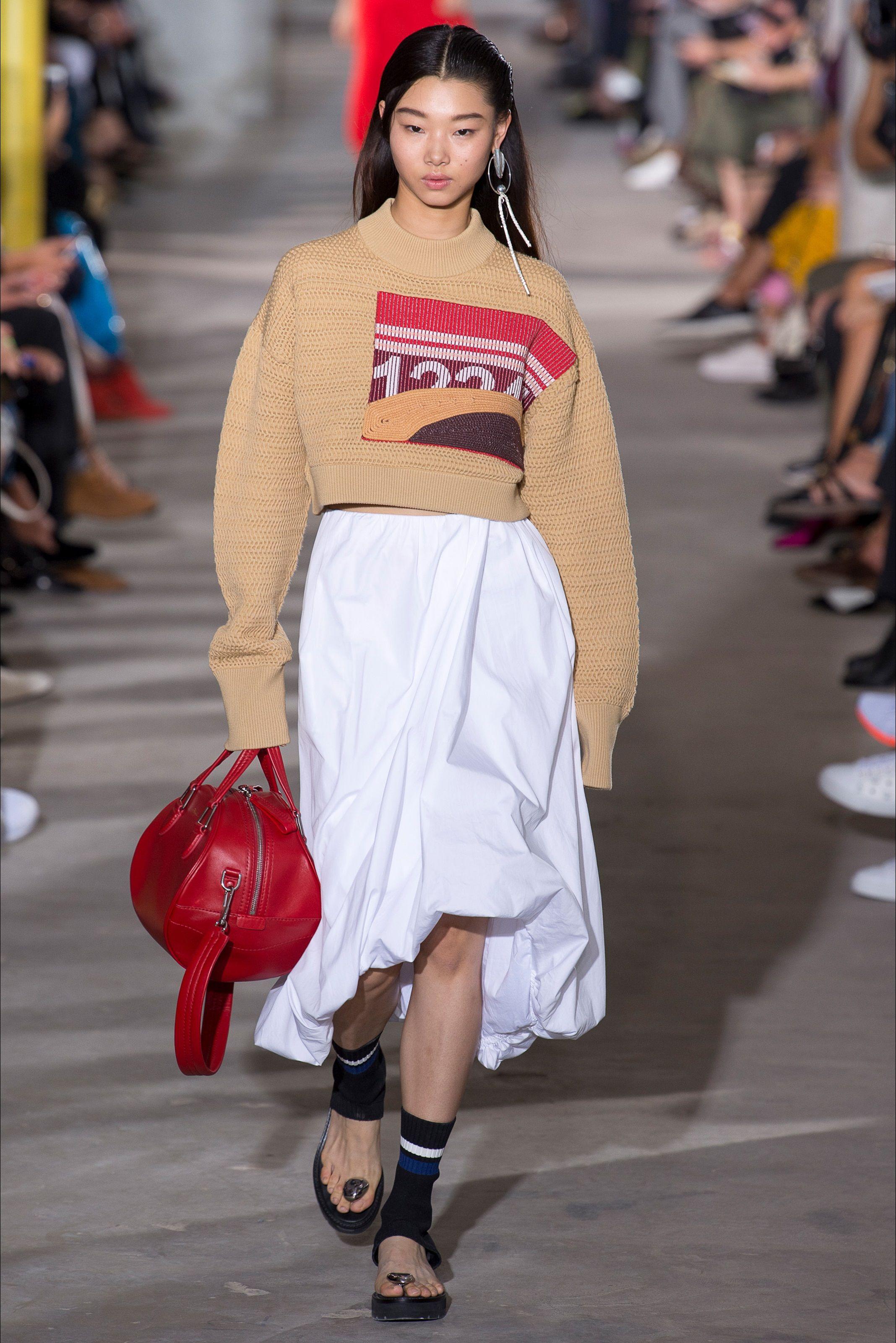 Photo of Sfilata 3.1 Phillip Lim New York – Pre-Collezioni Autunno-Inverno 2020-21 – Vogue