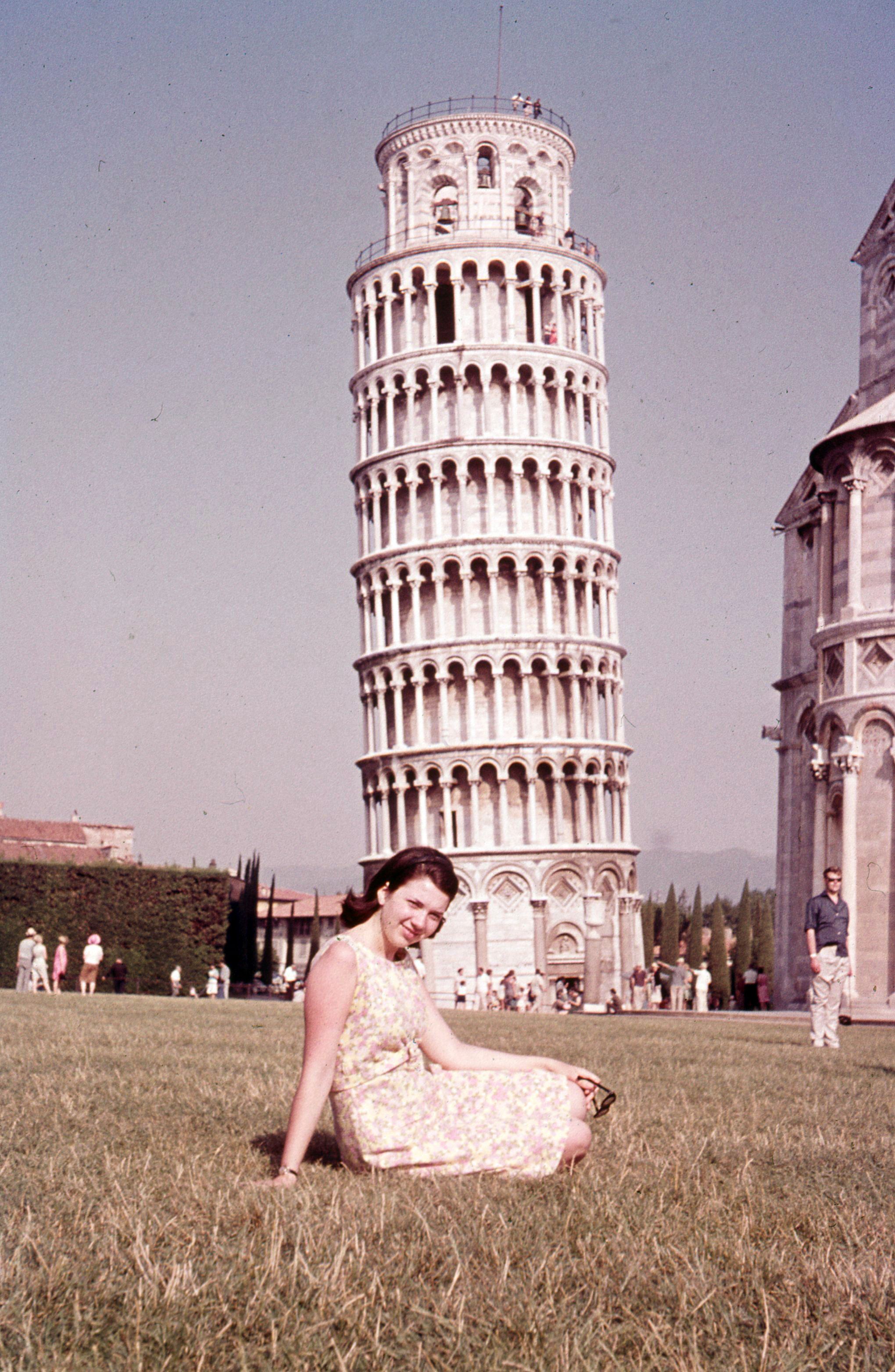 Mom - Pisa