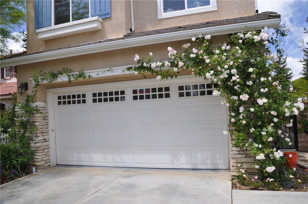 Climbing Rose Over Garage Garage Pergola Diy Garage Door Trellis Garage Door Styles