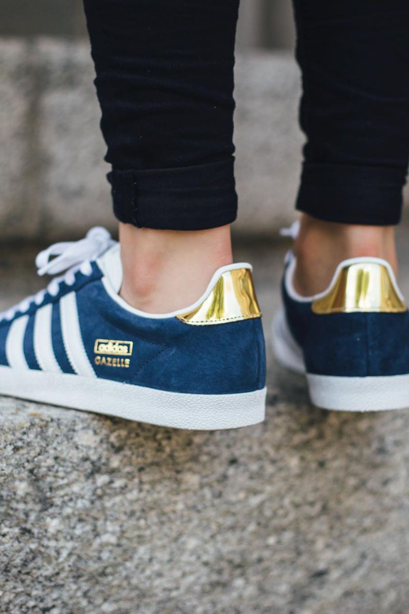adidas Gazelle OG W Night Indigo FTWR White Gold Metallic
