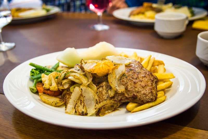 Mukkulan ostoskeskuksesta saa nykyisin kebabin lisäksi muutakin ruokaa. Vuonna 2011 perustettu ravintola Amarante osoittautui varsin päteväksi ruokapaikaksi, josta saa monipuolista ruokaa edulliseen hintaan.  #amarante #lahti #mukkula