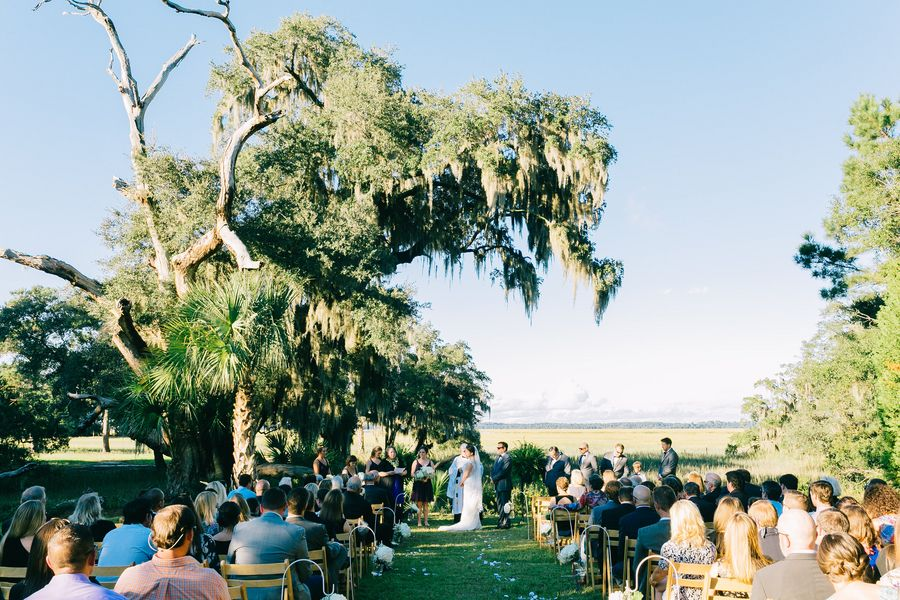 Edisto Weddings Cina Point Plantation Wedding By Catherine Ann Photography Charleston Allison And Hamby Catering Events