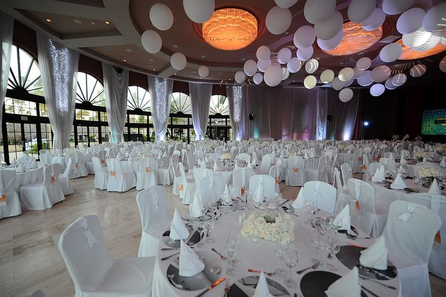 All white decorating ideas for party for All white party decorations