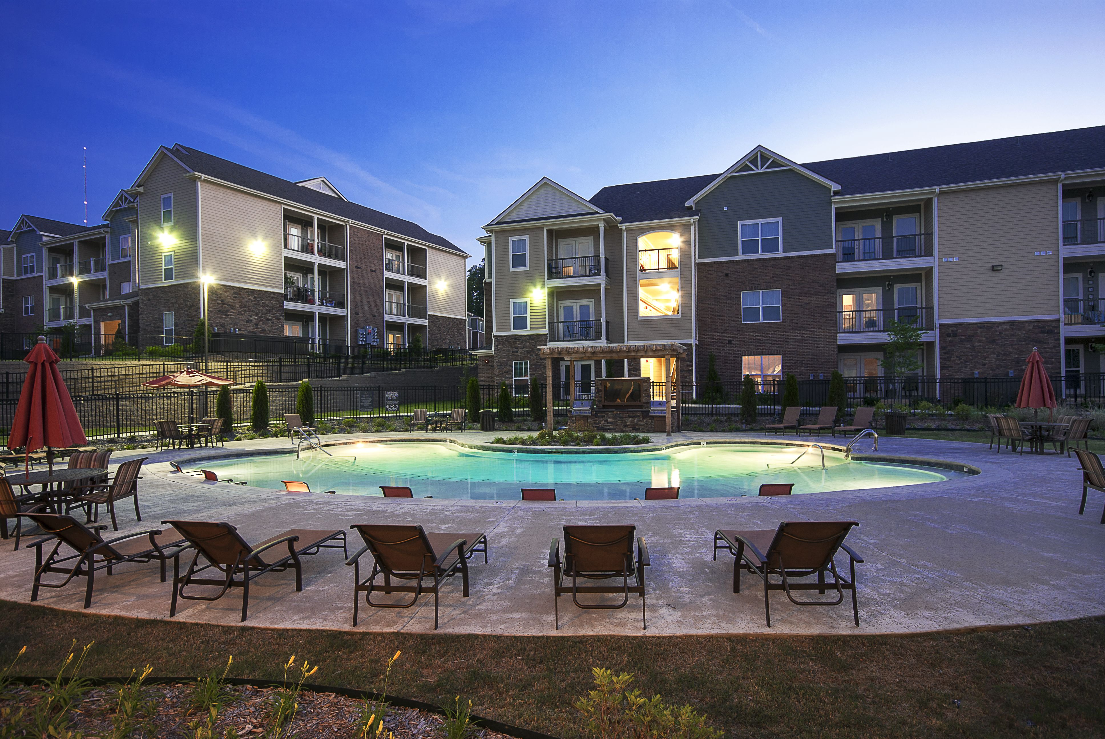 Chenal Pointe At The Divide In Little Rock Ar Mansions Apartment House Styles