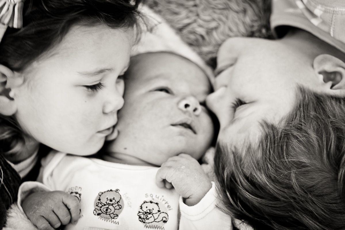 Baby baehr sibling pictures newborn pinterest