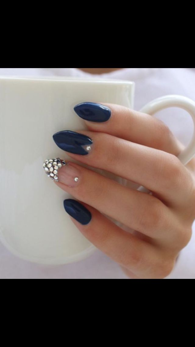 Blue almond shape (With images) | Almond nails designs ...