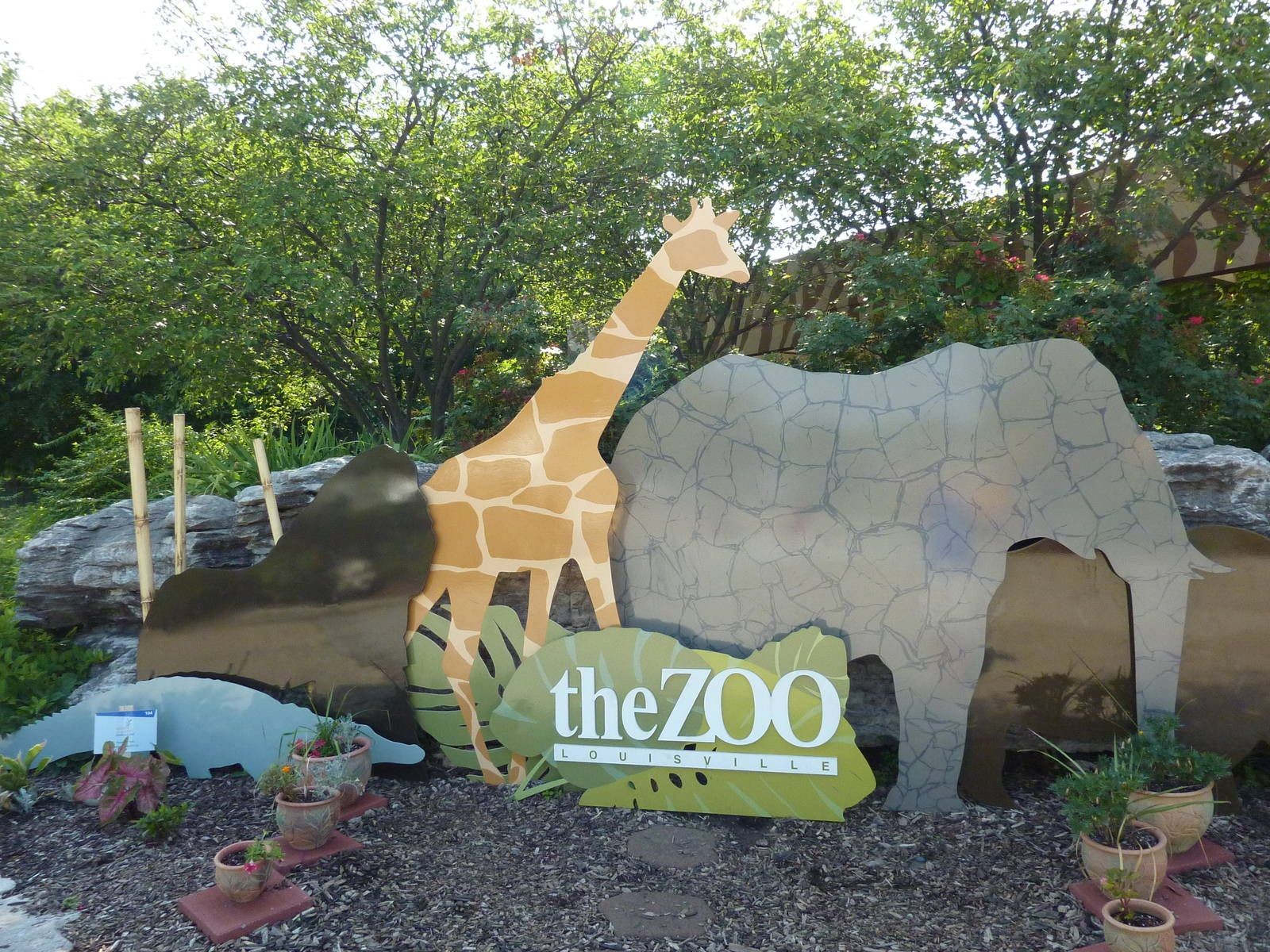 Zoo Entrance Sign Louisville Zoo' Usa In 2019