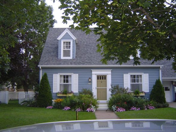 Blue Siding In 2019 Exterior Paint Colors