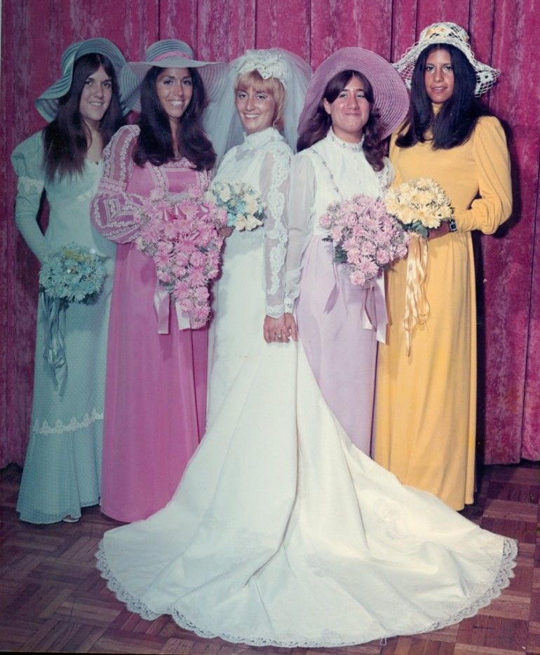 dd06e20878c 1970 s bridesmaids - hair hat flowers and make-up