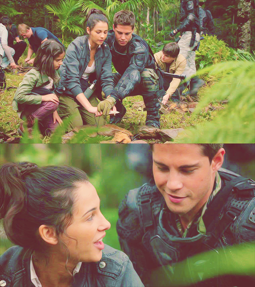 Terra Nova maddy and mark :) like the best couple ever