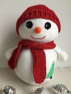 Ravelry: Snowman Amigurumi pattern by Carolina Guzman | 320x240