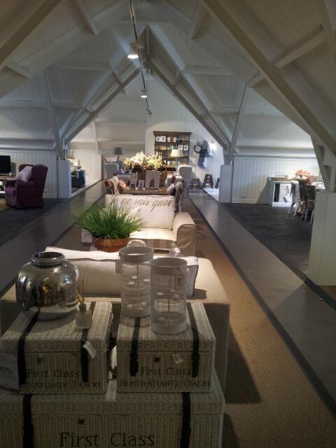 flagship store laren riviera maison riviera maison. Black Bedroom Furniture Sets. Home Design Ideas